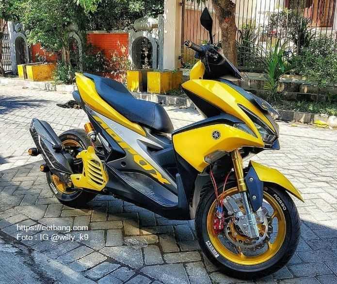 Modifikasi Yamaha Aerox Monoshock
