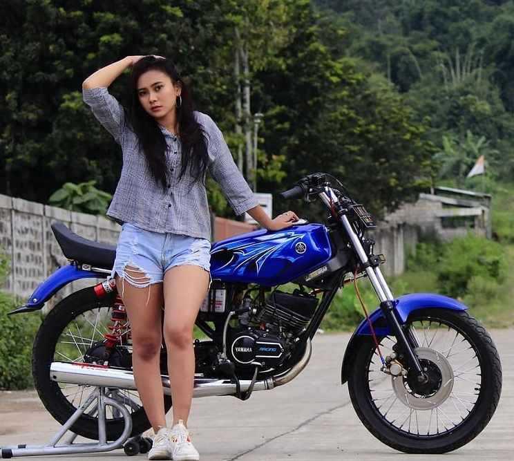 Gambar Modifikasi Yamaha RX King Warna Biru